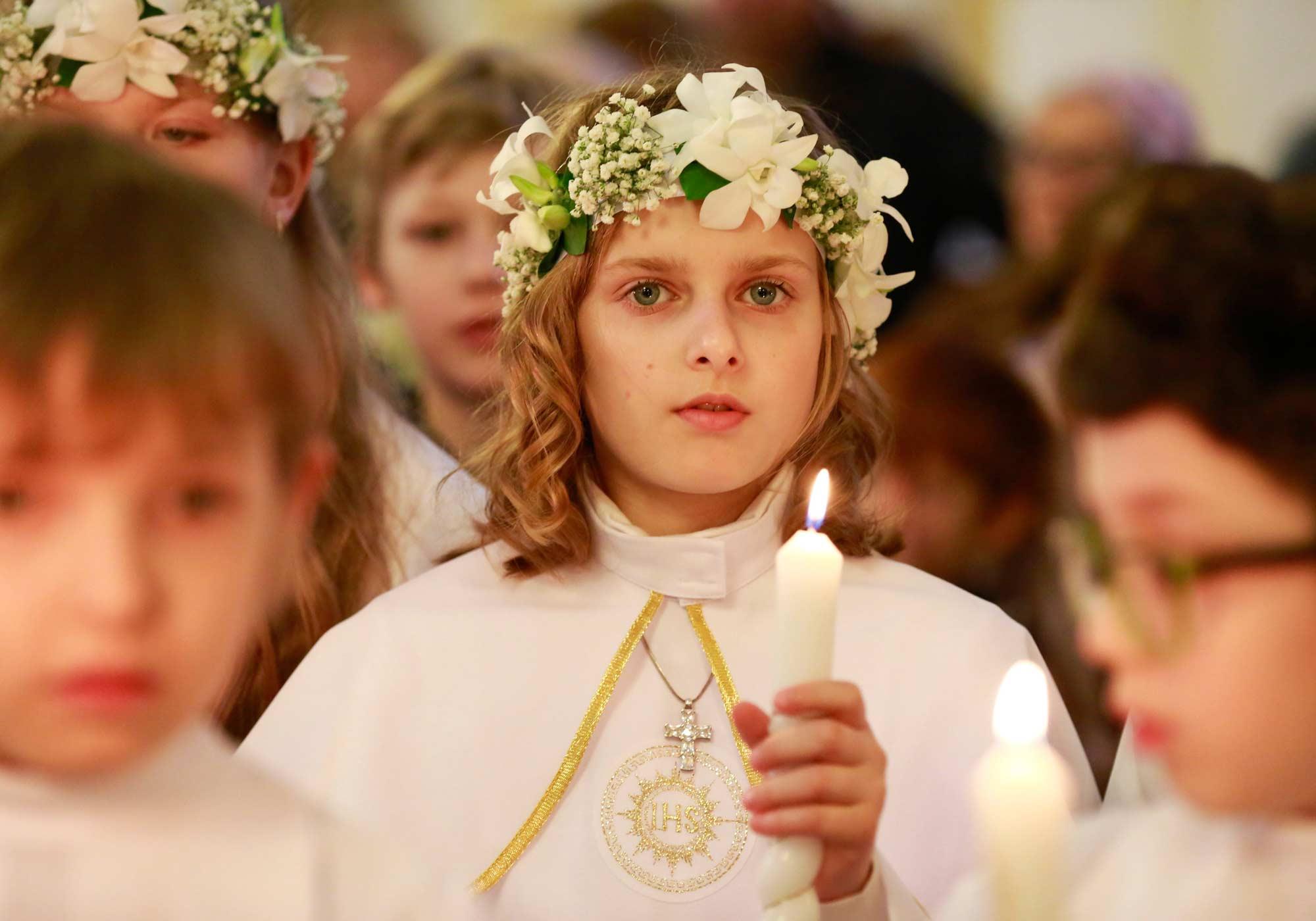 Erstkommunion Die Erste Heilige Kommunion Bistum Hildesheim