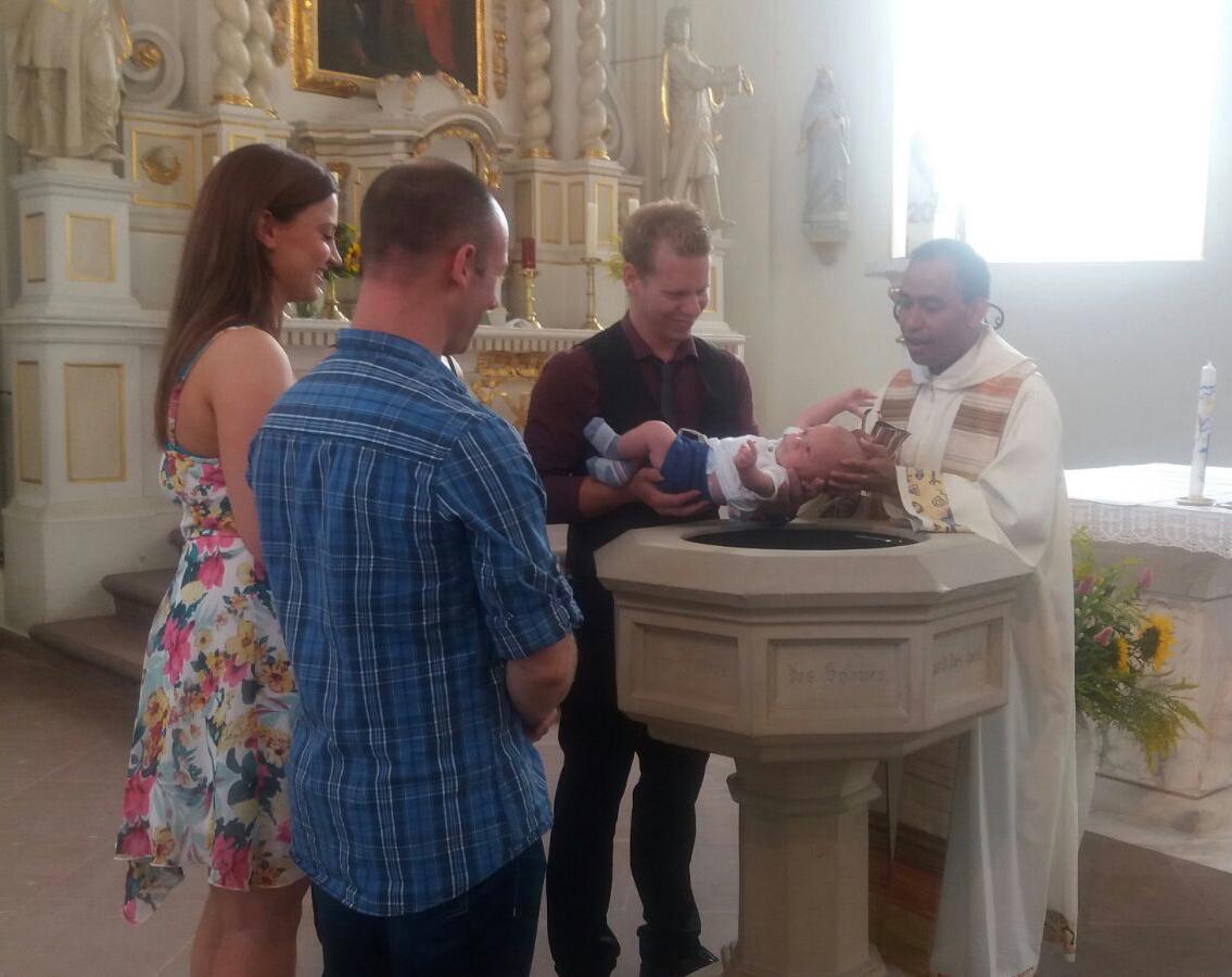 Taufe Katholische Pfarrgemeinde St Kosmas Und Damian